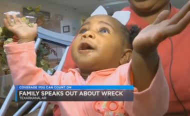 Bayi Selamat dari Kecelakaan Mobil yang Melemparnya ke Selokan