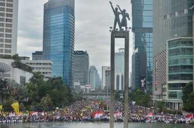 Beda Perlakuan Polri pada Aksi Damai 212 dengan Parade Bhinneka Tunggal Ika