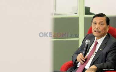 Salat Jumat Bersama Massa Aksi 212, Luhut: Bukti Jokowi Care Sama Rakyat