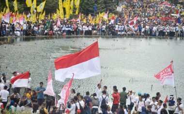 Kehadiran Partai di Parade Bhinneka Tunggal Ika Hanya untuk Bersihkan Citra Ahok