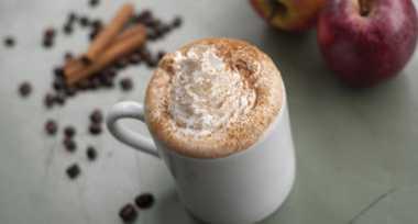 Sambut Musim Dingin Gerai Kopi di Jepang Luncurkan Hot Apple Pie Latte