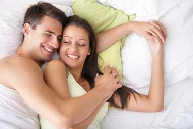 Rutin Berhubungan Seks Memperlancar Siklus Menstruasi