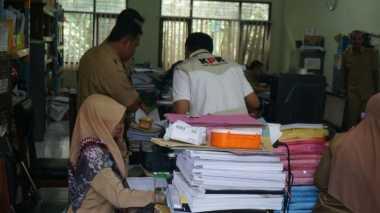 KPK Sita Dokumen Proyek Usai Geledah Kantor PU Pengairan Jombang