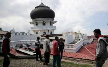 Unsyiah Terjunkan Tim Dokter Tangani Korban Gempa Aceh