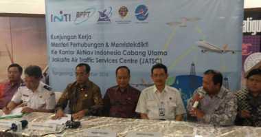 Menristekdikti: Bandara di Indonesia Butuh Radar Navigasi Penerbangan Pesawat