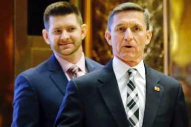 Sebar Tuduhan Palsu, Anak Penasihat Trump Ditendang dari Tim Transisi
