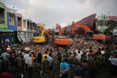 Ini Penyebab Banyaknya Bangunan Roboh saat Gempa Aceh