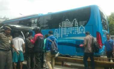 Kecelakaan TransJakarta di Mampang, Arus Lalin Padat