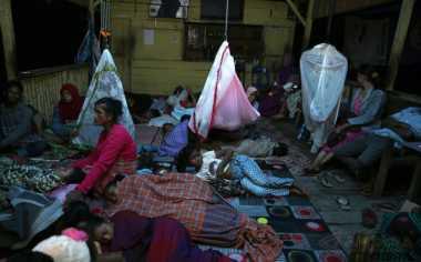 Gempa Aceh, Warga Kekurangan Tenda di Posko Pengungsian