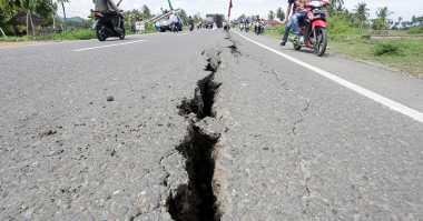 Kerusakan Jalan Pascagempa Pidie Jaya Aceh Makin Parah