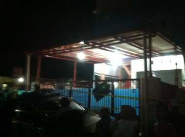 Rumah Kos di Bekasi Tempat Ditemukannya Bom Dipasang Garis Polisi