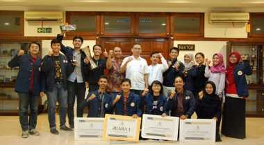 Mahasiswa Unair Juara di National Moot Court Competition