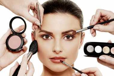 4 Kesalahan yang Kerap Dilakukan Wanita saat Make-Up