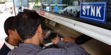 Pembeli Mobil Secara Kredit Tak Terlalu Terbebani Kenaikan Tarif STNK