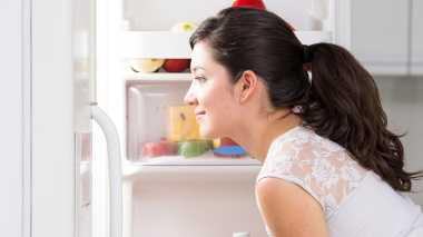Deretan Produk Kosmetik yang Bisa Disimpan dalam Kulkas