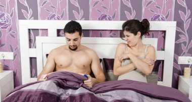 4 Masalah Seksual yang Seharusnya Tidak Dikhawatirkan Pasangan