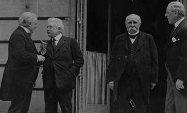HISTORIPEDIA: Konferensi Perdamaian Digelar di Prancis Pasca-Perang Dunia I