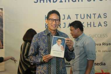Dongkrak Motivasi Generasi Muda, Sandi Luncurkan Buku 'Kerja Tuntas, Kerja Ikhlas'
