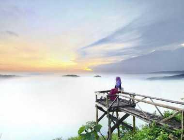 """Bukit Panguk Kediwung di Yogyakarta Kini """"Diburu"""" Wisatawan Muda"""