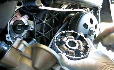 Ganti Weight Roller Motor Matik Sendiri, Begini Caranya