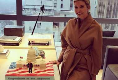 Trump Sebut Kue dari Putrinya sebagai Kue Terkeren yang Pernah Ada