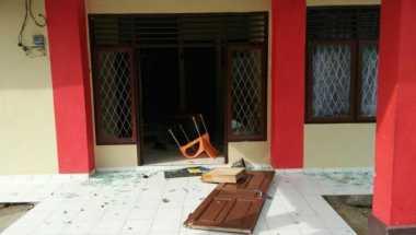 Kantor Polisi Diserang Suku Anak Dalam