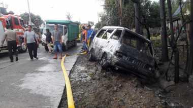 Mobil Pengangkut 300 Liter Pertalite Terbakar di Pusporenggo