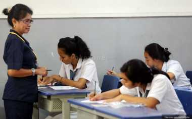 Gubernur Jateng Minta Guru Mendidik Secara Beradab