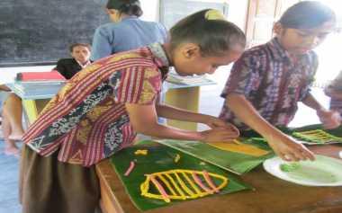 Pendidikan Kontekstual Majukan Pendidikan di Daerah