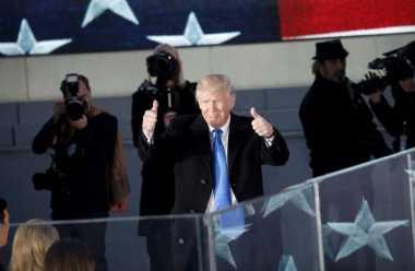 Jelang Inagurasi, Trump Berjanji Menyatukan Amerika Serikat