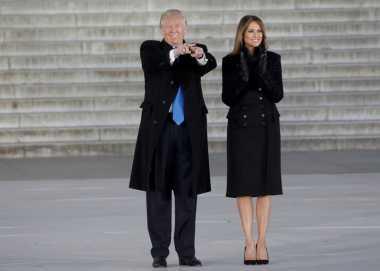 Trump Dijadwalkan Lantik Direktur CIA Sehari Setelah Inagurasi