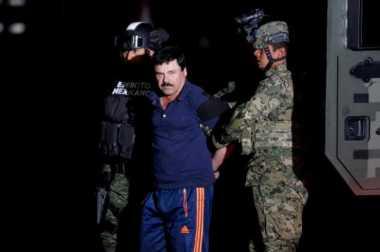 """Gembong Narkoba Meksiko """"El Chapo"""" Diekstradisi ke AS"""