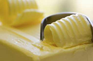 Kurangi Konsumsi Margarin agar Kulit Tidak Cepat Keriput