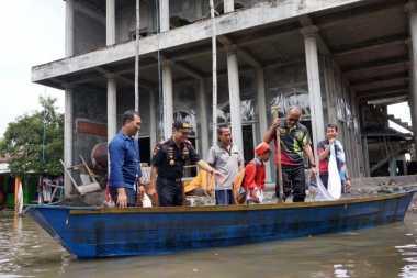 700 Rumah di Pasuruan Masih Tergenang Banjir