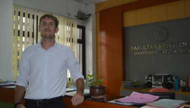 Cerita Mahasiswa Asal Jerman Kuliah Kehutanan di UGM