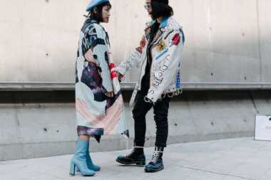 TREN FASHION 2017: Sontek Gaya Street Style Kaum Urban di Seoul Fashion Week