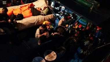 Dalam Kondisi Lemah, 141 TKI dari Malaysia Ditemukan di KM Bahtera