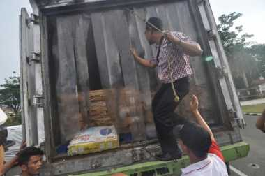Diduga Berpenyakit, 2,6 Ton Daging Ilegal Asal India Beredar di Padang