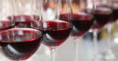 Minum Red Wine Bantu Mengobati Disfungsi Ereksi