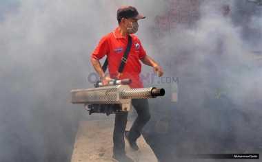 Basmi Nyamuk Aedes Aegypti, Rescue Perindo Lakukan Fogging di Gresik