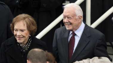 Mantan Presiden Carter Serukan Dukungan bagi Trump