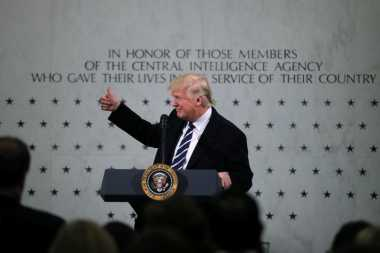 Donald Trump Menyatakan Dukungan Penuh untuk CIA