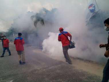 Penuhi Permintaan Masyarakat, Perindo Gelar Fogging di Pekanbaru