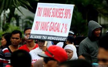 Imigrasi Periksa ABK Kapal yang Angkut Ratusan TKI