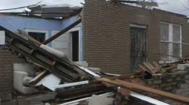 Badai Tornado Tewaskan 11 Orang di Georgia