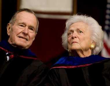 Sudah Pulih, Barbara Pilih Temani George Bush di Rumah Sakit