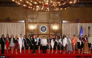 Bertemu dengan Kontestan Miss Universe, Duterte: Tuhan Benar-Benar Baik