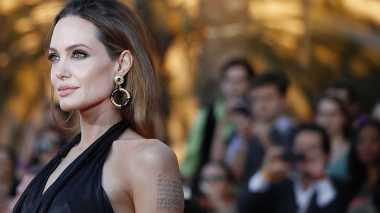 Eksis Lagi, Angelina Jolie Jadi Model Parfum asal Prancis