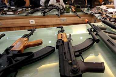DPR Minta Polri Klarifikasi Isu Penyelundupan Senjata ke Sudan