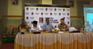 Anies-Sandi Hadiri Forum 'Rembug Rabuan' di Markas PKS
